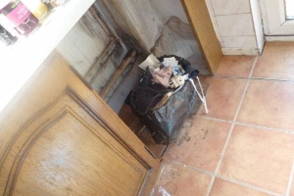 brackla-house-clearance-8-300x22524E2119E-FD03-0274-A81E-EEC54BCE6AC0.jpg