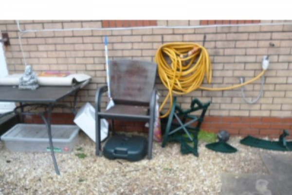 house-clearance-before-and-after-cardiff-pentwyn-056-640x480AD68EF94-2E18-D473-FB2A-A90442BFFB1D.jpg