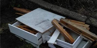 waste-removed-cardiff-56D481E08C-BD05-324B-CAC6-83860526CBA5.jpg