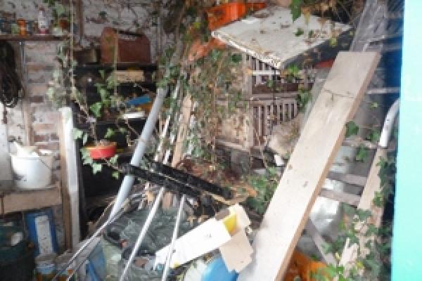 porthcawl-waste-clearance-6109A62665-1165-69A7-6ADE-F321C2C6474A.jpg