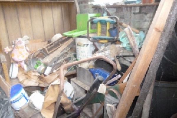 porthcawl-waste-clearance-67D30319BC-8ADF-D915-F115-DD25F53E0278.jpg