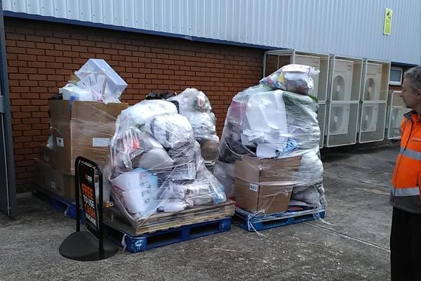 waste-store-clearance-swansea-327D99FE8-1891-4861-0B6A-89E281D82644.jpg