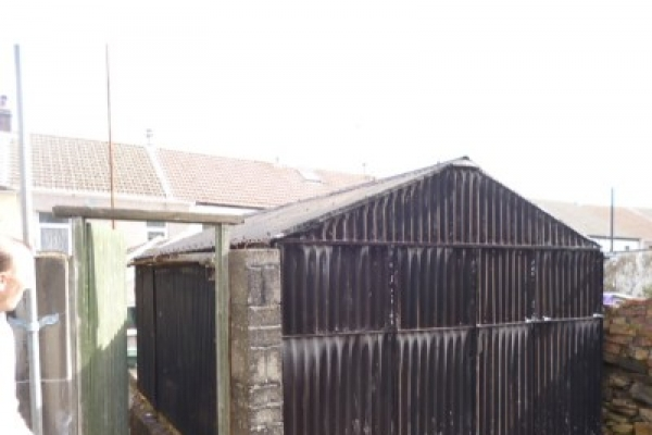 metal-shed-clearance-rhondda-2AFEACE64-97D2-3968-AB9C-DD3565D212D8.jpg